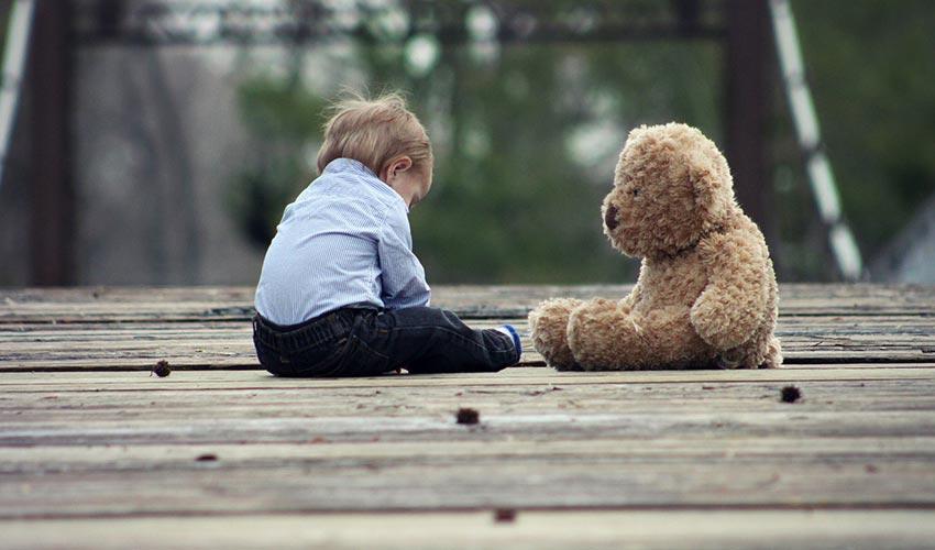 justice aveugle face autisme