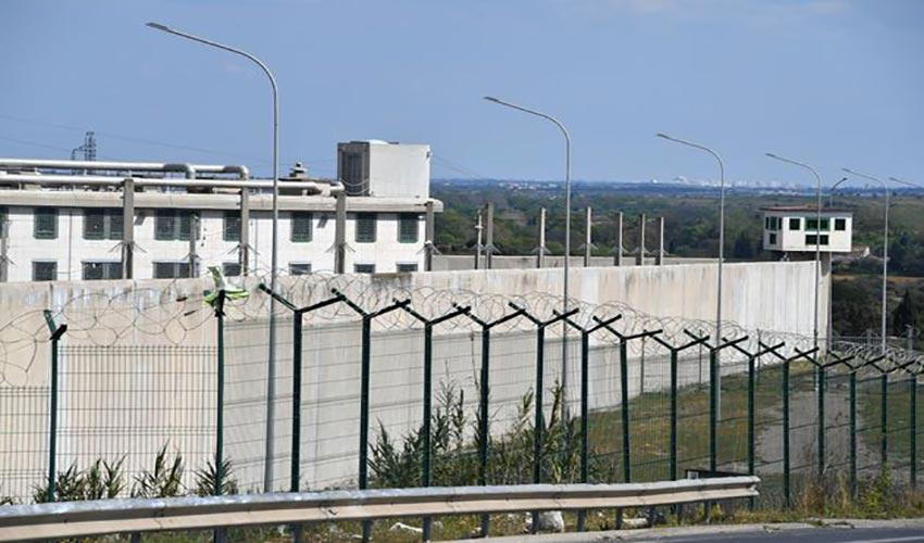 10000 détenus en moins prison
