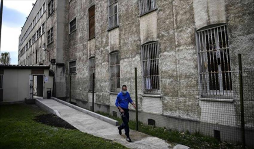 directeur prison transformation en cluster